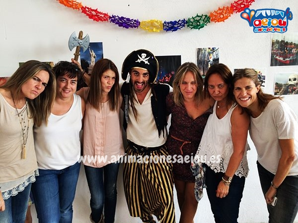 Fiestas de cumpleaños infantiles y comuniones de piratas en Barcelona